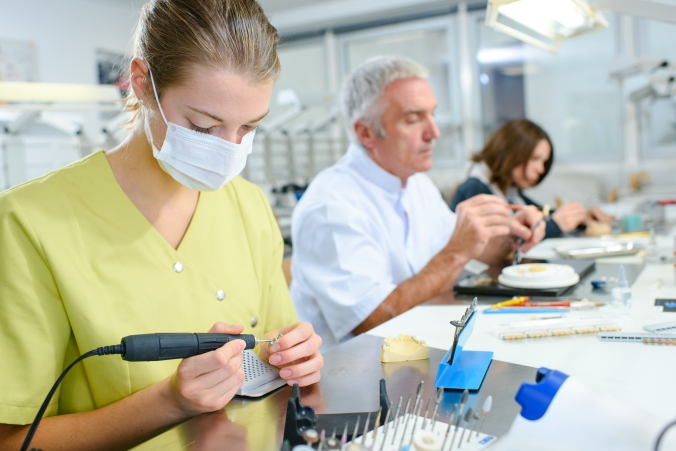 The No.1 Dental Technician Website – The Good Lab Guide